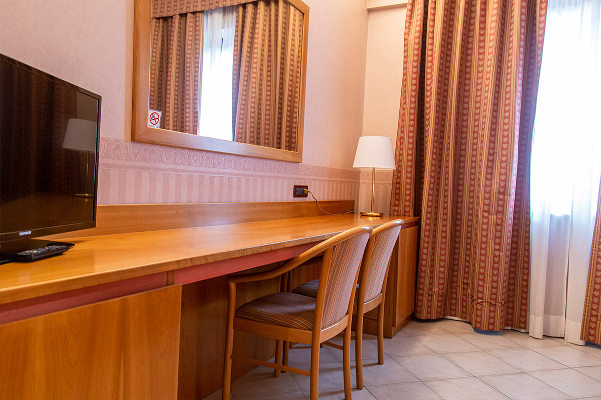 Aldero Hotel - Room & suites